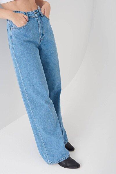 Kadın Açık Kot Rengi Cep Detaylı Bol Paça Pantolon PN1072 - PNH ADX-0000023093