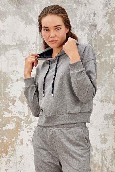 Kadın Gri Melanj Klasik Kapüşonlu  Sweatshirt