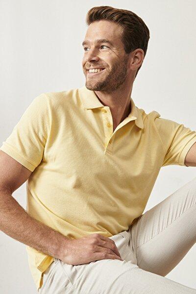 Erkek Sarı Polo Yaka Cepsiz Slim Fit Dar Kesim Koton Düz Tişört