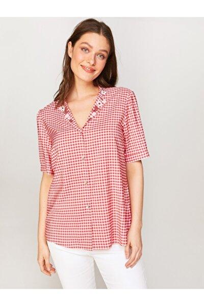 Kadın Kırmızı Nakışlı Ekose Gömlek 60379
