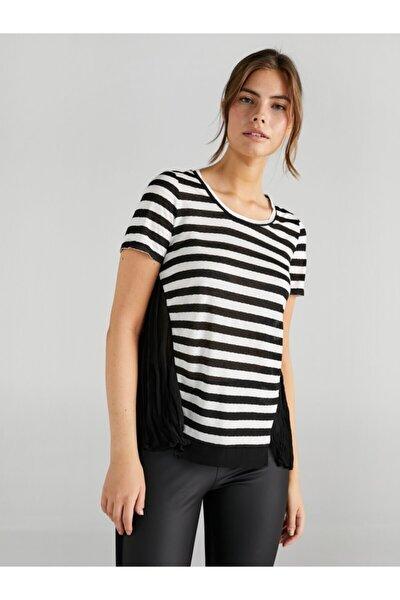 Kadın Siyah Pilili Şifon Garnili Çizgili T-Shirt 61678