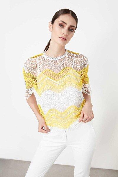 Kadın Kırık Beyaz Color Block Güpür Bluz