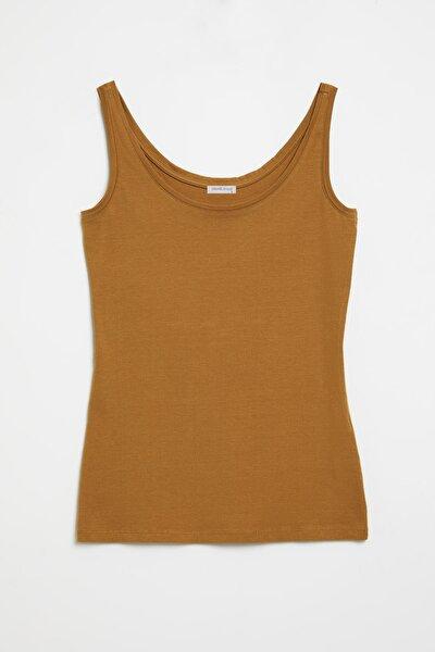 CLAIRE Kadın Kahverengi Dar Kesim Kolsuz  T-Shirt
