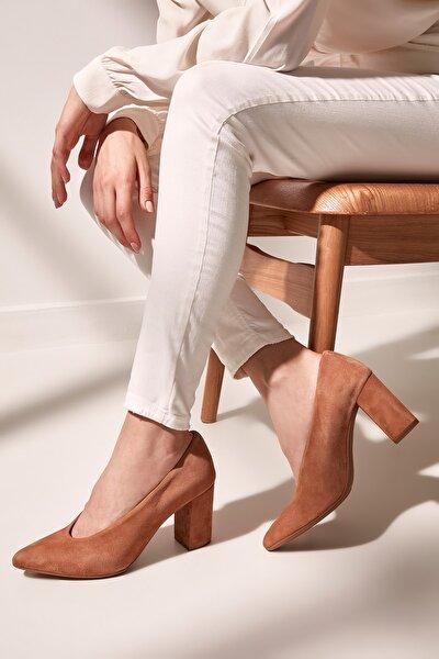 Hakiki Deri Taba Kadın Klasik Topuklu Ayakkabı 01AYH154480A370