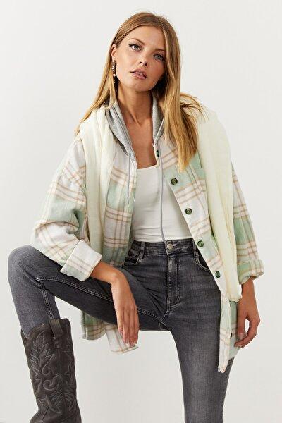 Kadın Mint-Gri Kapüşonlu Ekose Uzun Ceket SGT324