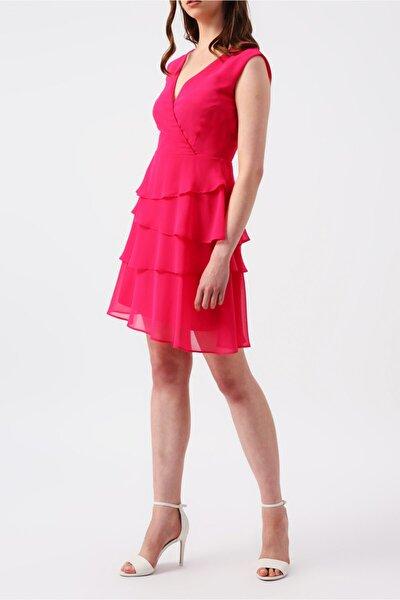 Kadın Fuşya Eteği Kat Kat Fırfırlı Kruvaze Yakalı Kolsuz Mini Elbise