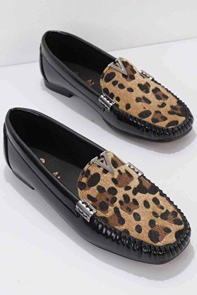 Siyah Leopar Rugan Kadın Loafer K01542030498