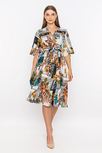 Belden Kuşaklı Kruvaze Yaka Elbise