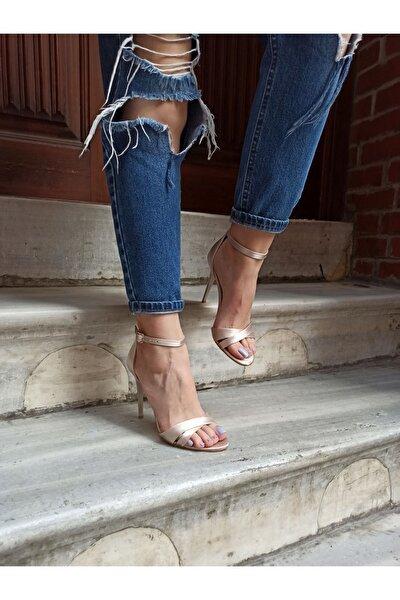 Ten Saten Çapraz Bant İnce Topuk Tek Bant Kadın Topuklu Ayakkabı