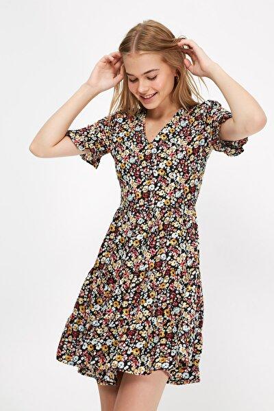 Çok Renkli Çiçek Desenli Elbise TWOSS20EL2431