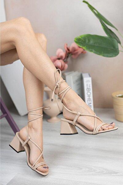 Kadın Ip Bağlamalı Kısa Kalın Topuklu Sandalet