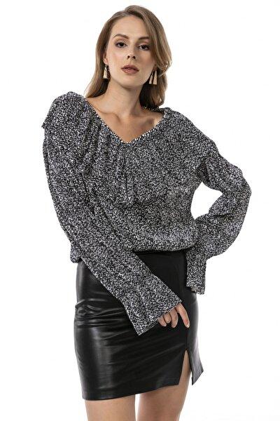 Siyah V Yaka Desenli Fırfırlı Uzun Kollu Bluz