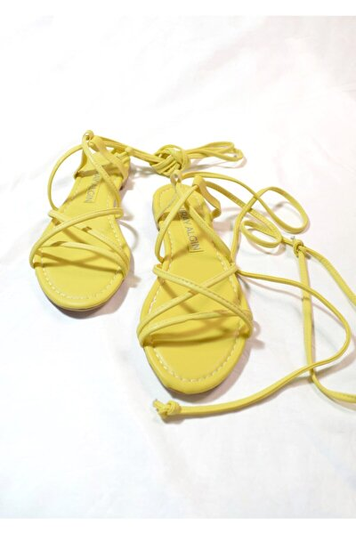 Kadın Sarı Bilekten Bağlamalı Ella Sandalet