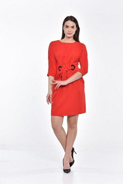 Önden Bağcıklı Bisiklet Yaka Ve Uzun Kollu Kırmızı Abiye Elbise