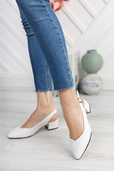 Kadın Beyaz Cilt Arka Açık Ayakkabı