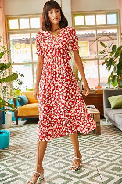 Kadın Kırmızı Düğmeli Kuşaklı Kol Detaylı Dokuma Viskon Elbise ELB-19001524
