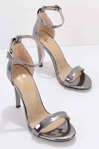 Platin Kadın Klasik Topuklu Ayakkabı K01894091139