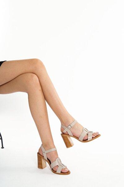 Hakiki Deri Bej Kadın Topuklu Deri Ayakkabı