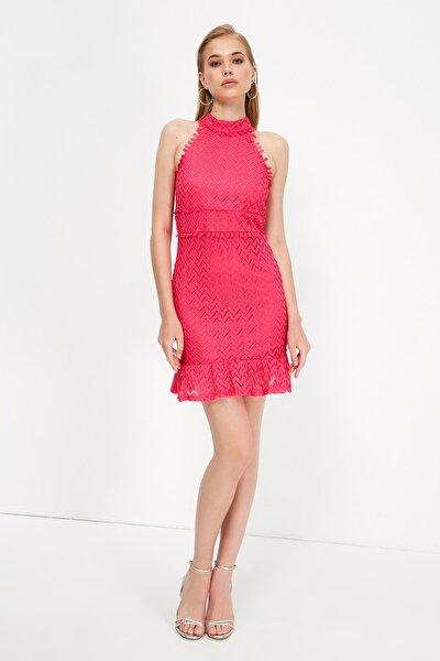 Fuşya Yaka Detaylı Elbise TPRSS21EL3481
