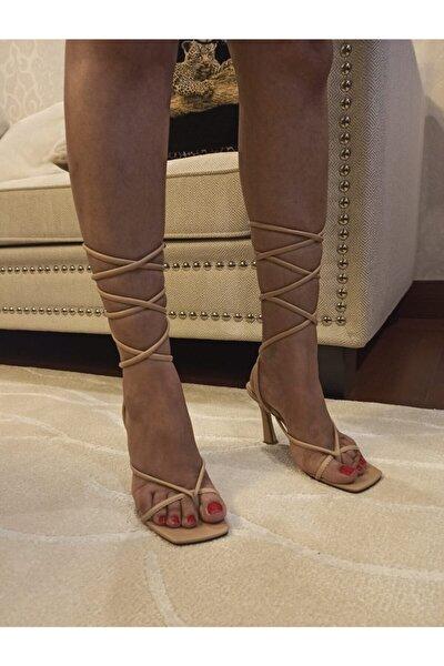 Kadın Nude Ten Bej Stiletto Küt Kare Burunlu İpli Günlük Ayakkabı Sandalet