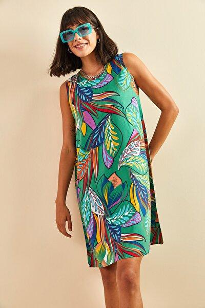Kadın Yeşil Multi Desenli Sırt Dekolteli Viskon Elbise