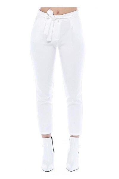 Kuşaklı Beyaz Bilek Pantolon