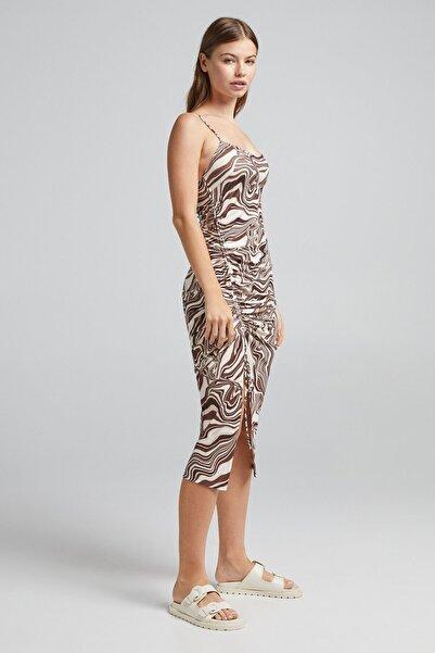 Kadın  Desenli Büzgülü Midi Elbise