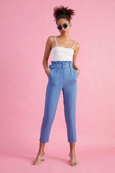 Kadın Mavi Kemerli Yüksek Bel Kumaş Pantolon