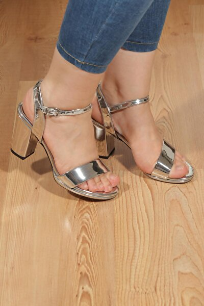 Tek Bant Bilekten Bağlama Platform Topuklu Sandalet Vln33