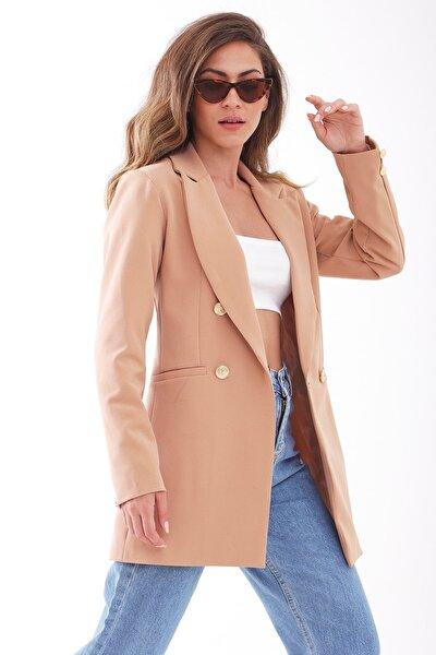 Omuzları Vatkalı Önü Çıtçıtlı Atlas Kumaş Kadın Blazer Ceket