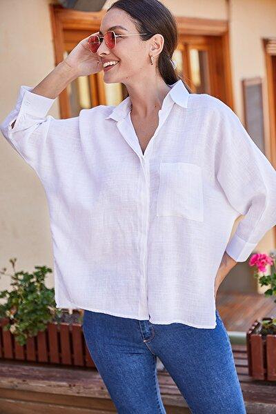 Kadın Beyaz Cepli Salaş Keten Gömlek ARM-21Y001035
