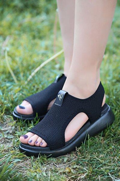 Kadın Siyah Ortapedik Taban Günlük Sandalet