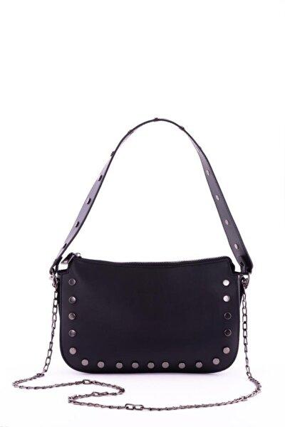 Kadın Siyah Zımbalı Baget Çanta
