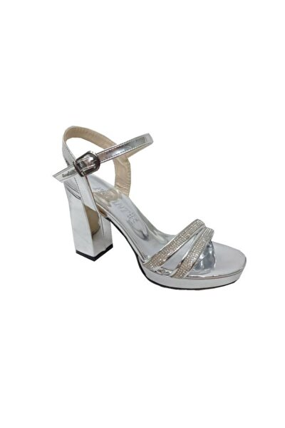 4222 Rugan Taşlı Fashion Kadın Sandalet