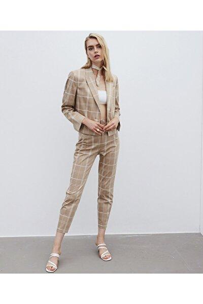 Kadın Bej Çizgi Desen Pantolon