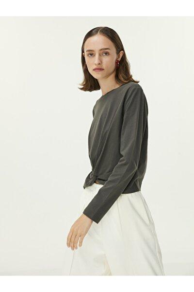 Büzgü Detay Bluz