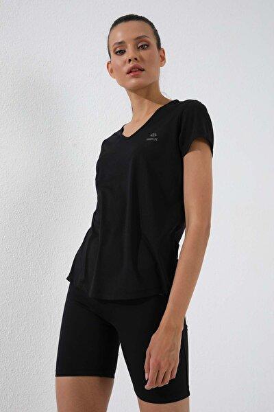 Siyah Kadın Basic Kısa Kol Standart Kalıp V Yaka T-shirt - 97145