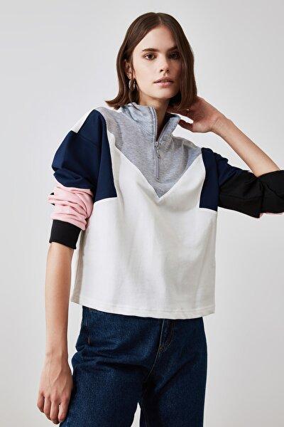Renk Bloklu Dik Yaka Basic Örme Sweatshirt TWOSS20SW0105