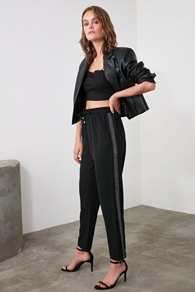 Siyah Bağlama Detaylı Pantolon TWOAW21PL0395