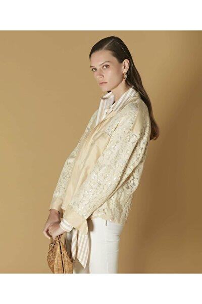 Kadın Bej Dantel Üstü Payet İşli Ceket