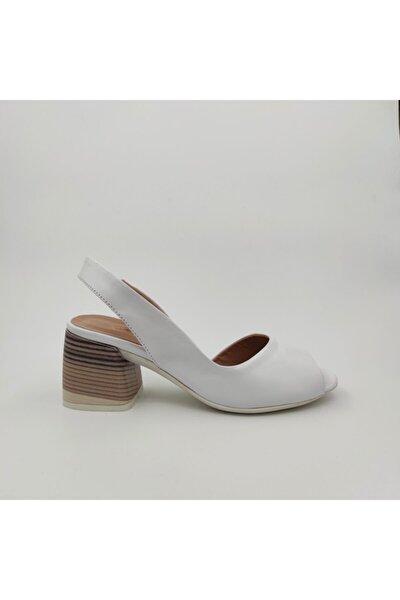 Kadın Beyaz Deri Topuklu Ayakkabı 640