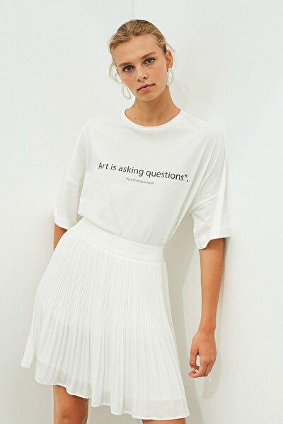 Kadın Beyaz Slogan Baskılı Tişört