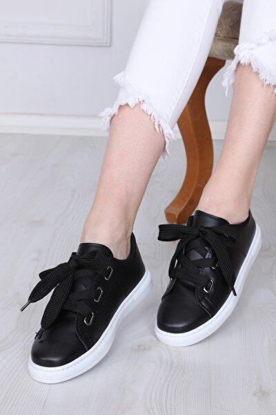 Kadın Siyah Kalın Bağcıklı  Spor Ayakkabı