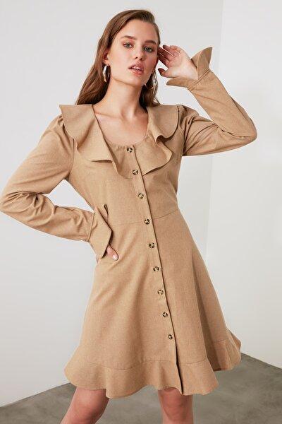Camel Volanlı Düğmeli Elbise TWOAW21EL1645