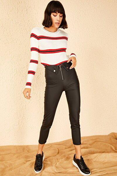 Kadın Siyah Açık Fermuar Detaylı Deri Pantolon 10151026