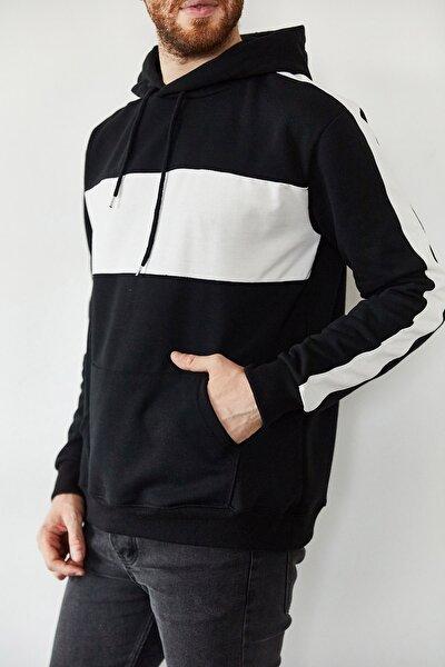 Erkek Siyah Beyaz Blok Detaylı Kapüşonlu Sweatshirt 1kxe8-44169-02