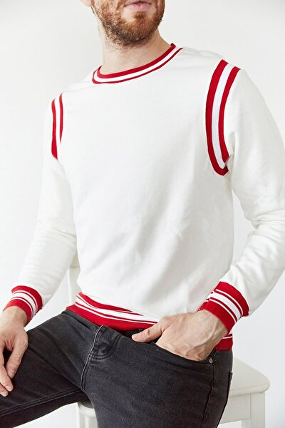Erkek Beyaz Kırmızı Şeritli Bisiklet Yaka Sweatshirt 1kxe8-44164-01