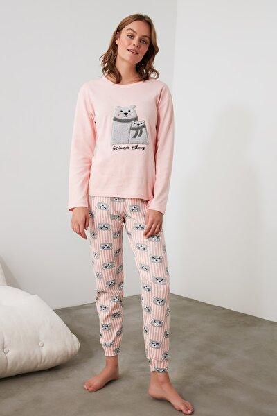 Somon Nakışlı Örme Pijama Takımı THMAW21PT0640