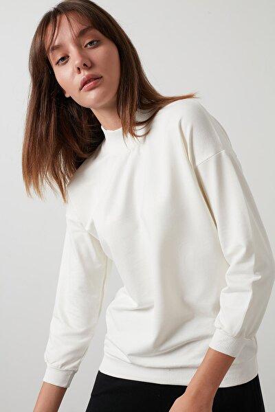 Kadın Ekru Dik Yaka Basic Örme Sweatshirt 5863323