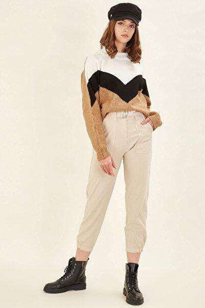 Kadın Bej Kemerli Gabardin Pantolon